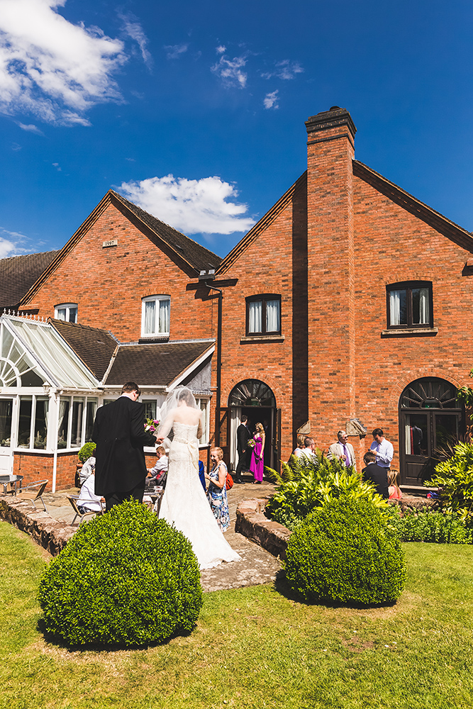 Best Wedding Photographers in Staffordshire (27)