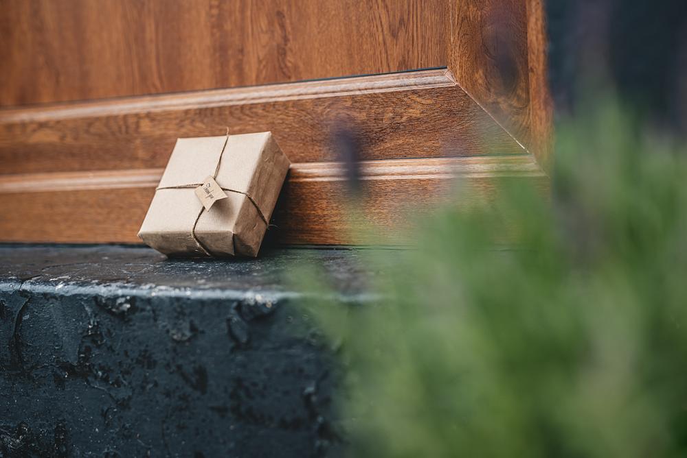 Lockdown Wedding Photographer - USB Delivery