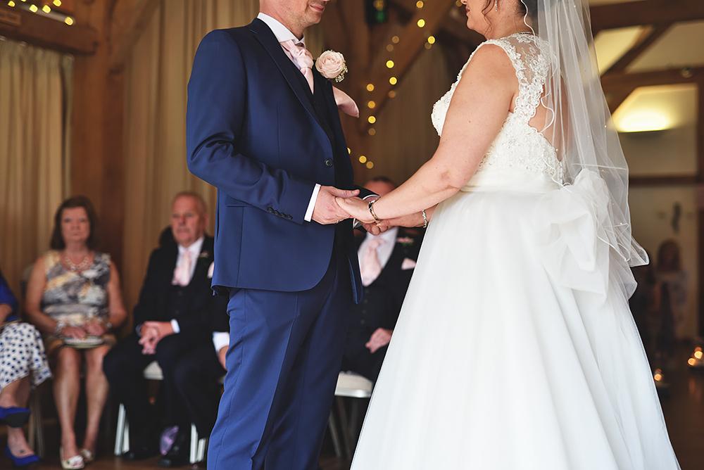 Sandhole Oak Barn Wedding in Cheshire