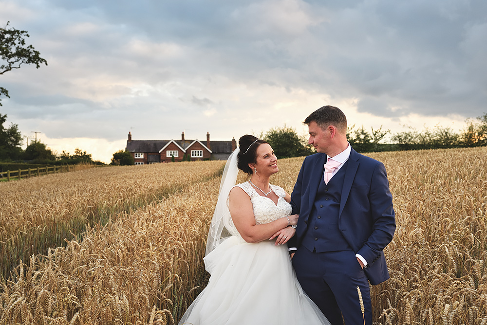 Sandhole Oak Barn Wedding in Cheshire