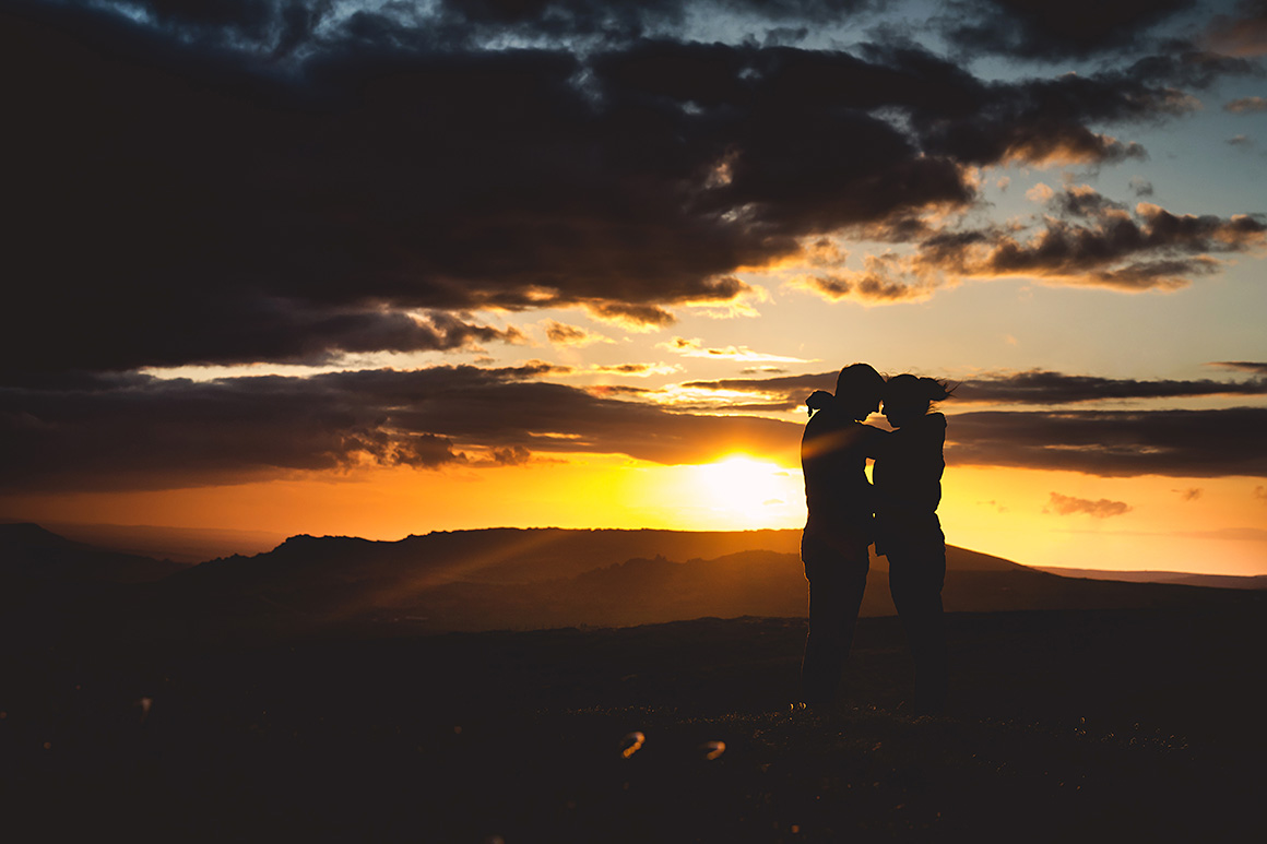 Sunset pre-wedding photography