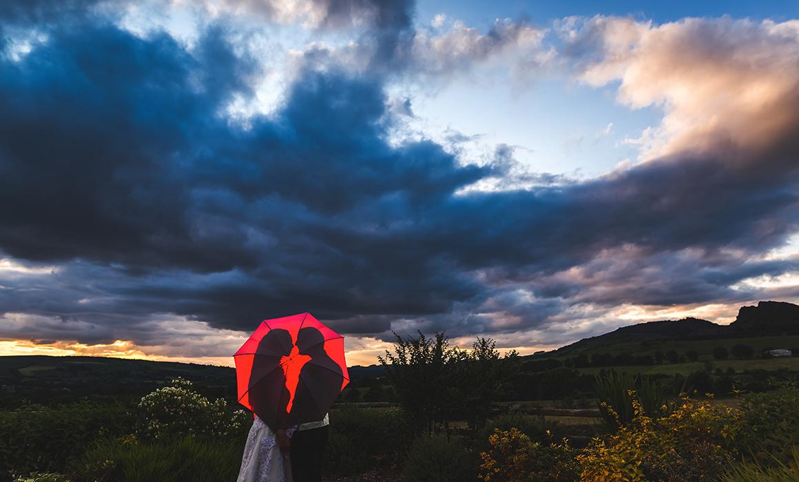 Three Horseshoes wedding photographer
